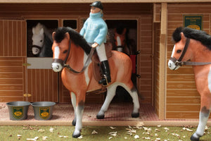 BT1090 Horse and Rider Set