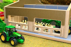 Feed barriers in BT1870 1:87 Scale Multi-Purpose Farm Building