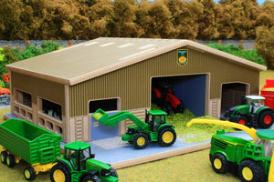 Front view with roof sections on BT1870 1:87 Scale Multi-Purpose Farm Building