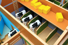 Load image into Gallery viewer, Bt8870 My Big Farm (1:24Th Scale Set) With Free Schleich Cow & Sheep! Authentic Buildings (1:24