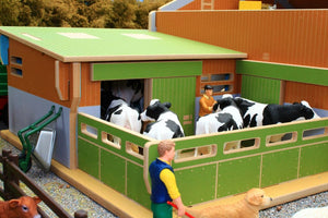 Bt8870 My Big Farm (1:24Th Scale Set) With Free Schleich Cow & Sheep! Authentic Buildings (1:24