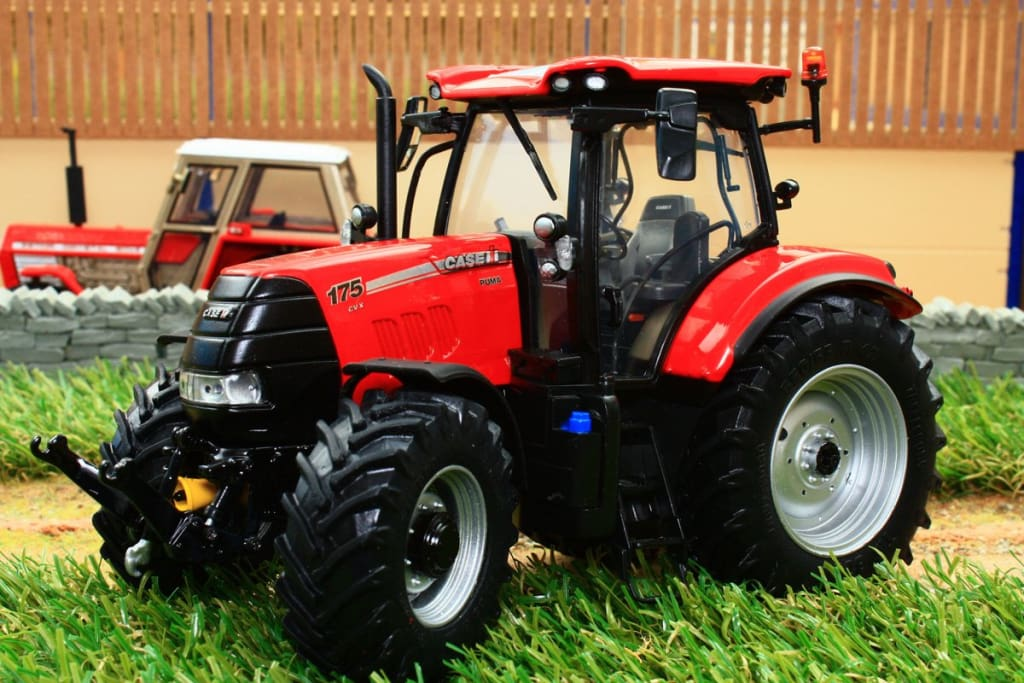 Uh5261 Universal Hobbies Case Ih Puma 175Cvx Tractor Tractors And Machinery (1:32 Scale)