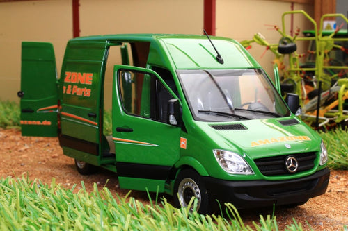 MM1905-06-01 MARGE MODELS MERCEDES SPRINTER VAN IN GREEN AMAZONE LIVERY