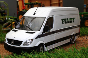 MM1905-01-01 MARGE MODELS MERCEDES SPRINTER VAN IN WHITE WITH FENDT LIVERY