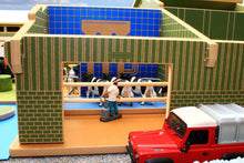 Load image into Gallery viewer, Bt8850 My First Farm Playset With Free Britains Mixed Animal Set! Buildings & Stables (1:32 Scale)