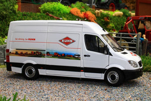 MM1905-01-03 MARGE MODELS MERCEDES BENZ SPRINTER VAN WHITE KUHN EDITION