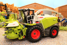 Load image into Gallery viewer, MM2017 MARGE MODELS CLAAS JAGUAR 990 FORAGE HARVESTER WITH ORBIS 750 MAIZE HEADER
