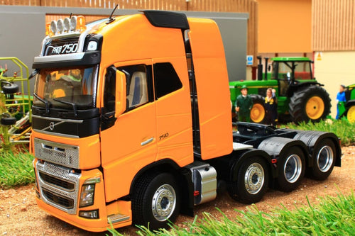Mm1915-03 Marge Models Volvo Fh16 8X4 In Yellow Tractors And Machinery (1:32 Scale)