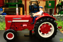 Load image into Gallery viewer, REP031 REPLICAGRI INTERNATIONAL IH 624 TRACTOR WITH DRIVER FIGURE