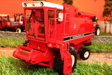 Load image into Gallery viewer, REP087 REPLICAGRI IH AXIAL FLOW 1460 COMBINE HARVESTER
