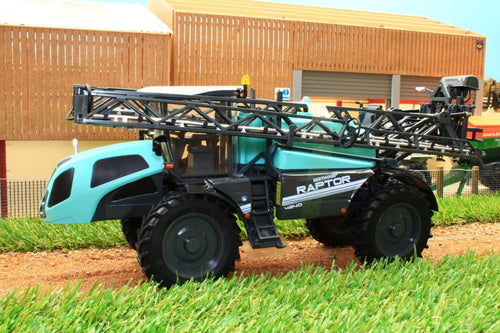 Rep164 Replicagri Berthoud New Raptor Self Propelled Sprayer Tractors And Machinery (1:32 Scale)