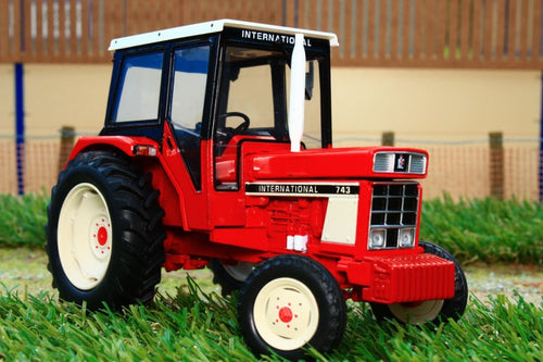 Rep195 Replicagri International Ih 743 2Wd Tractor Tractors And Machinery (1:32 Scale)