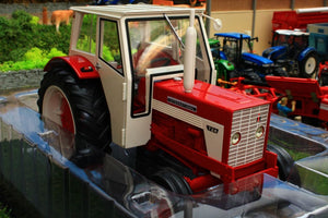 REP601 REPLICAGRI 116TH SCALE INTERNATIONAL IH 724 2WD TRACTOR WITH CAB