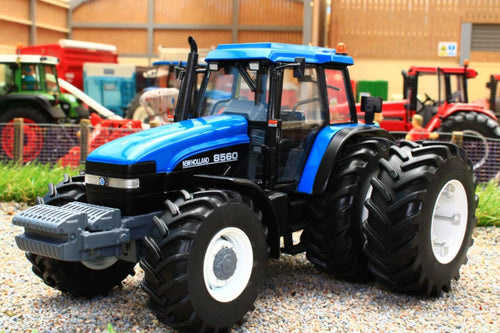 REPB22 REPLICAGRI NEW HOLLAND 8560 4WD TRACTOR WITH REAR DUALS