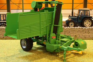 Spv202 Stoll V 202 Harvester Tractors And Machinery (1:32 Scale)