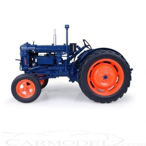 Uh2638 Universal Hobbies Fordson Major E27N Classic Tractor Tractors And Machinery (1:16 Scale)