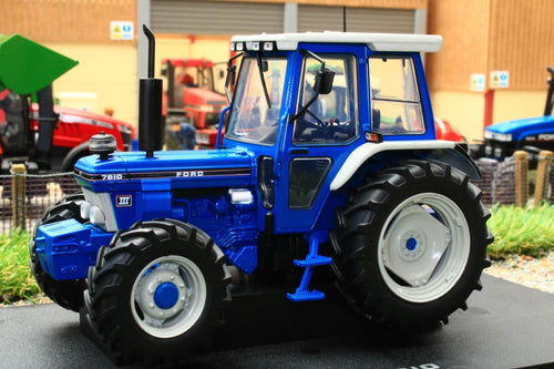 UH2865 UNIVERSAL HOBBIES FORD 7810 TRACTOR (1987)