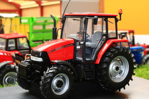 UH4253 UNIVERSAL HOBBIES CASE IH CX100 4WD TRACTOR