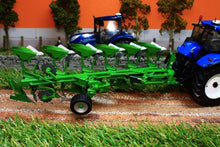 Load image into Gallery viewer, UH4275 UNIVERSAL HOBBIES AMAZONE CAYRON 200  SIX FURROW REVERSIBLE PLOUGH