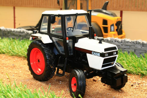UH4280 UNIVERSAL HOBBIES CASE 1494 2WD TRACTOR IN BLACK AND WHITE