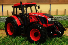 Load image into Gallery viewer, UH4951 UNIVERSAL HOBBIES ZETOR CRYSTAL 160 TRACTOR