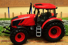 Load image into Gallery viewer, Uh4951 Universal Hobbies Zetor Crystal 160 Tractor Tractors And Machinery (1:32 Scale)