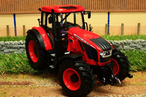 Uh4951 Universal Hobbies Zetor Crystal 160 Tractor Tractors And Machinery (1:32 Scale)