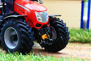 Uh4982 Universal Hobbies Mc Cormick X8.680 Vt Drive Red Tractor Tractors And Machinery (1:32 Scale)