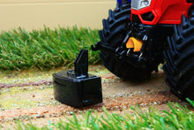 Load image into Gallery viewer, Uh4982 Universal Hobbies Mc Cormick X8.680 Vt Drive Red Tractor Tractors And Machinery (1:32 Scale)