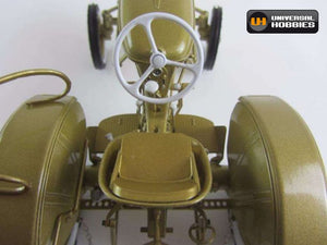 Uh5210 Universal Hobbies 1:16 Scale Deutz D15 In Gold Tractors And Machinery (1:16 Scale)