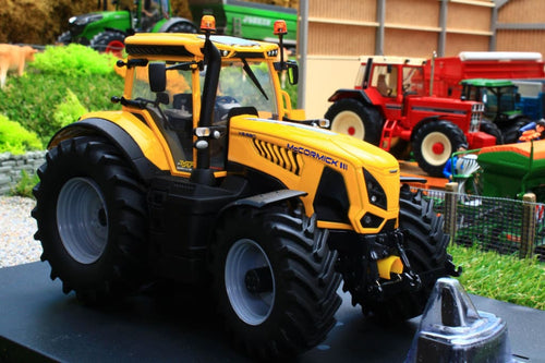 UH5211 UNIVERSAL HOBBIES MC CORMICK X8.680 VT DRIVE TRACTOR IN YELLOW