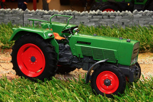 Uh5270 Universal Hobbies Fendt Farmer 3S Tractor Tractors And Machinery (1:32 Scale)