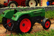 Load image into Gallery viewer, UH5276 UNIVERSAL HOBBIES FENDT FARMER 105S 2WD TRACTOR