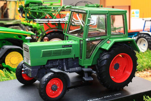 UH5314 UNIVERSAL HOBBIES FENDT FARMER 108LS 2WD TRACTOR WITH CAB