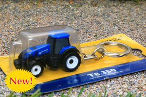 UH5862 UNIVERSAL HOBBIES NEW HOLLAND T8.350 TRACTOR KEYRING
