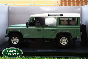 UNIVERSAL HOBBIES 1:18TH EXACT SCALE REPLICA LAND ROVER DEFENDER 110 TD5 IN LIGHT GREEN HERITAGE COLOUR