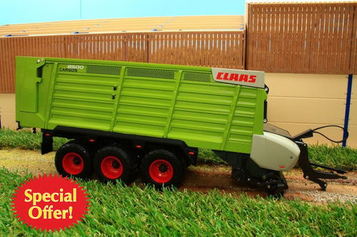 USK30022 USK CLAAS CARGOS 8500 3 AXLE TRAILED FORAGE WAGON