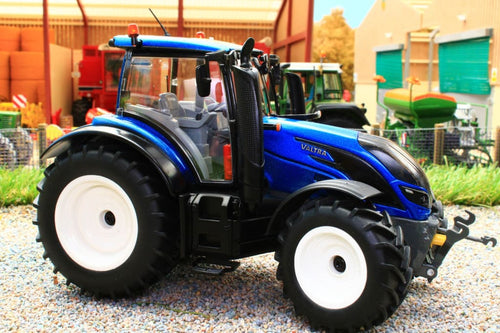 W7814 WIKING VALTRA T214 TRACTOR