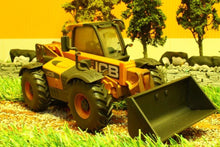 Load image into Gallery viewer, 42872 WEATHERED BRITAINS JCB 550-80 LOADALL
