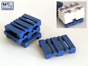 HLT-WM022N Set of Pallets (1:50 Scale)