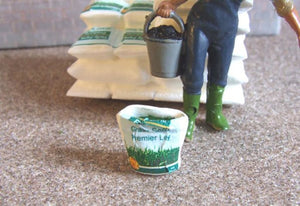 HLT-WM043E Open Sack of Grass Seed