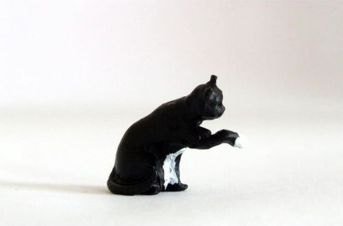 HLT-WMA3 HLT Miniatures Farm Cat with Paw Raised