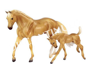 BR62045 Breyer Classics Palomino Morgan and Foal (1:12 Scale)
