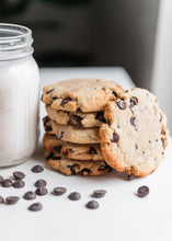 Load image into Gallery viewer, Peanut Butter Chocolate Chip Cookie