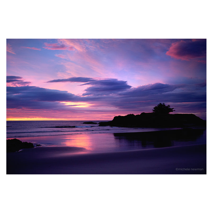 photo of brighton beach sunrise, dunedin, new zealand, barneys island