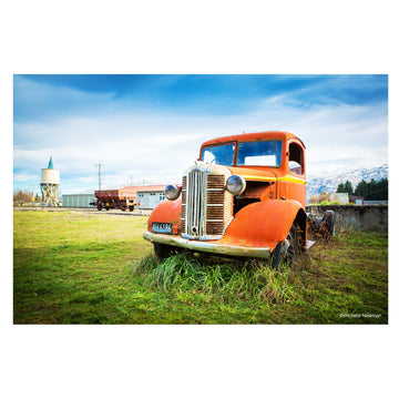 photo of Austin Truck with silo middlemarch otago new zealand