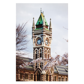 photo otago university clock tower dunedin new zealand