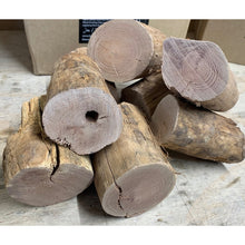 Load image into Gallery viewer, Brosnahans Peach Wood Chunks - 7.5L