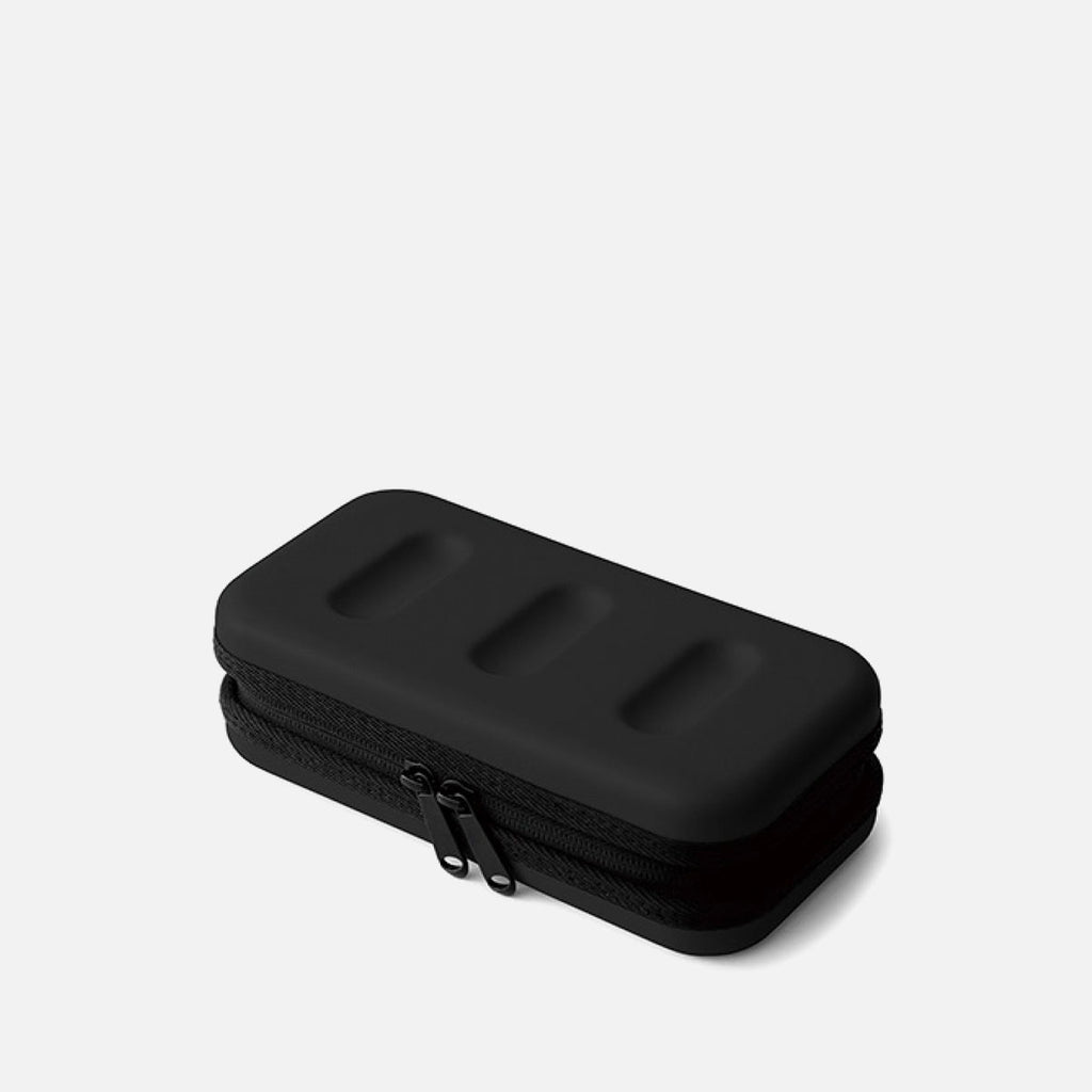 Hightide Hard Shell Case Small Black Front