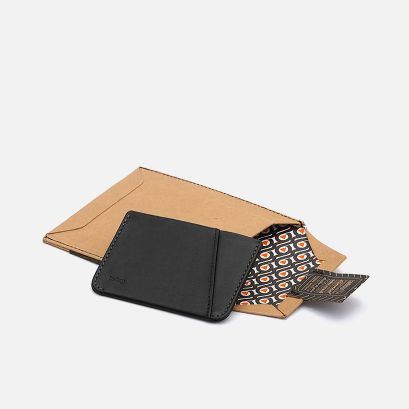 Bellroy Micro Sleeve Black packaging